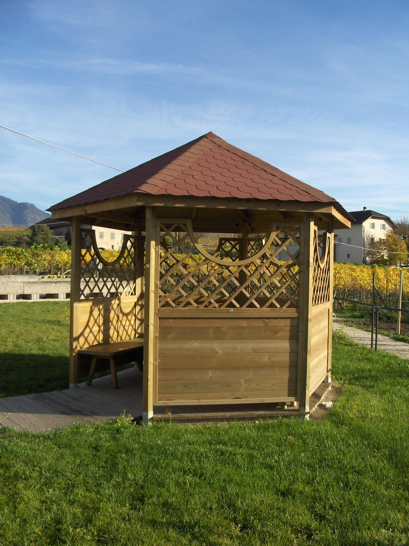 Sechseckigerholzpavillon 003 - Kopie